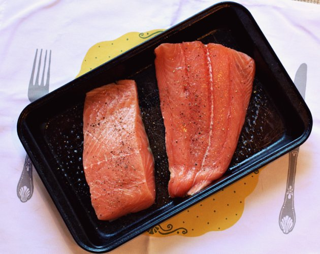 how to cook salmon in the oven broil