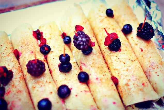 mixberrydarkchocolateyogurtrolloups